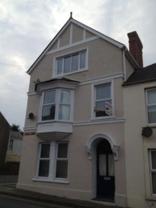 Thumbnail Triplex to rent in Priory Road, Milford Haven