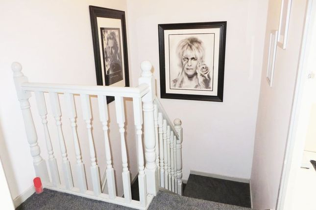 Photo 6 of Ripon Close, Radcliffe, Manchester M26