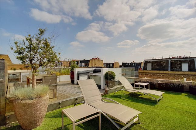 Thumbnail End terrace house for sale in Radipole Road, Fulham, London