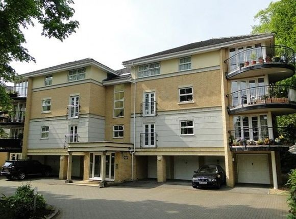Thumbnail Flat to rent in Northlands Road, Southampton