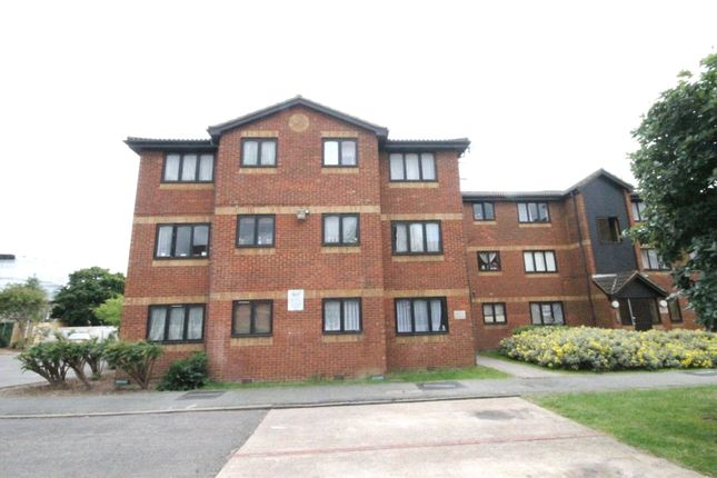 Thumbnail Flat for sale in Acworth Close, London