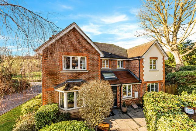 Dene Close, Outwood Lane, Chipstead CR5