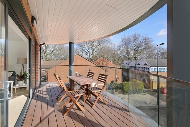 Thumbnail Flat to rent in Cape Apartments, 130 Rotherhithe New Road, London