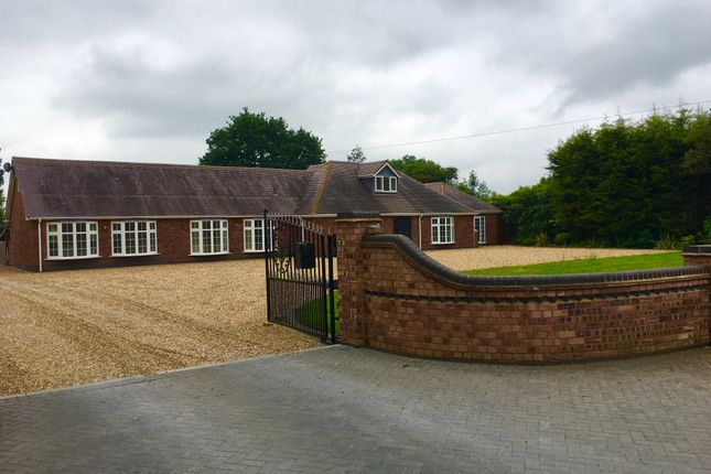 Thumbnail Bungalow to rent in Kenilworth Road, Hampton-In-Arden, Solihull