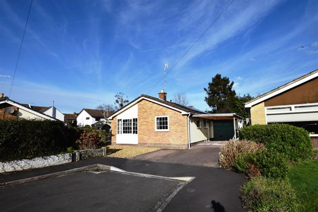 Thumbnail Detached bungalow for sale in Gordano Gardens, Easton-In-Gordano, Bristol