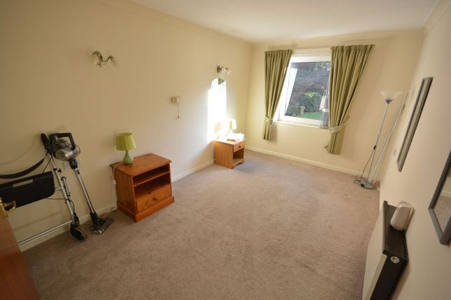 Bedroom of Wentworth Drive, Broadstone BH18