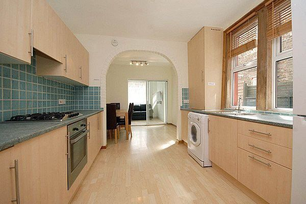 Thumbnail Terraced house to rent in Portland Gardens, London