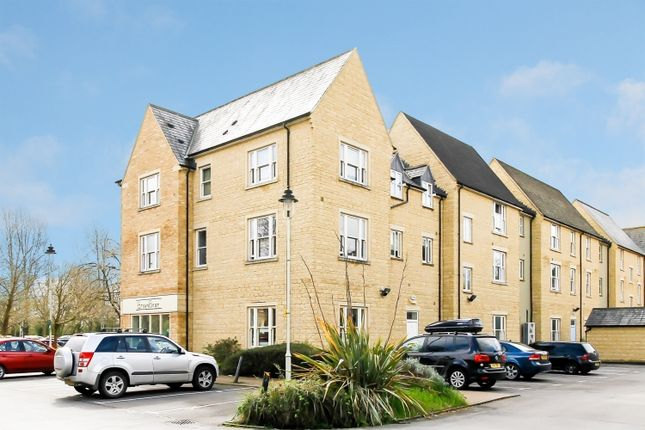 Thumbnail Flat to rent in Mill Walk, Witney