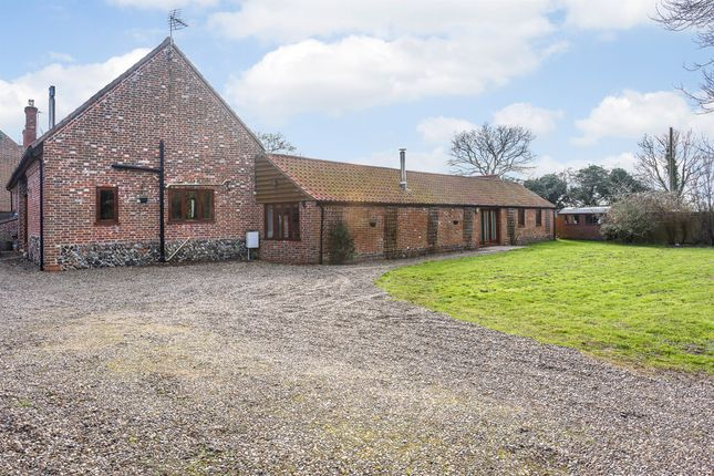 Thumbnail Barn conversion for sale in Moor Lane, Stalham, Norwich
