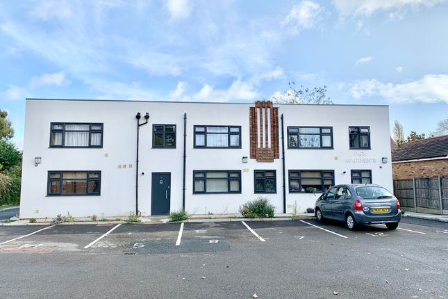Thumbnail Flat to rent in Kimbolton Road, Bedford