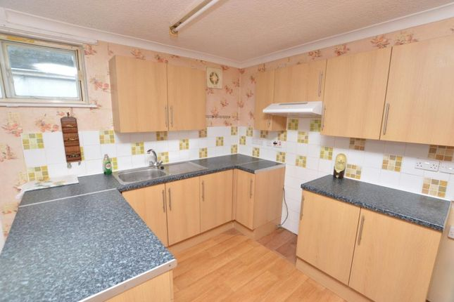Thumbnail Flat to rent in Eastcliffe Road, Par, Cornwall