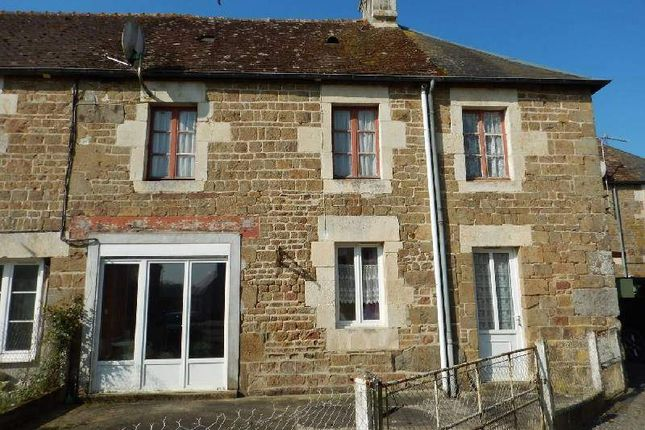 2 bed country house for sale in 61160 Aubry-En-Exmes, France