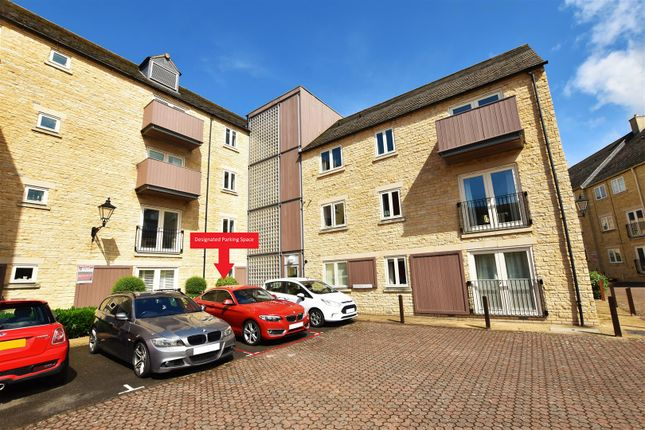 Thumbnail Flat to rent in Riverside Place, Stamford