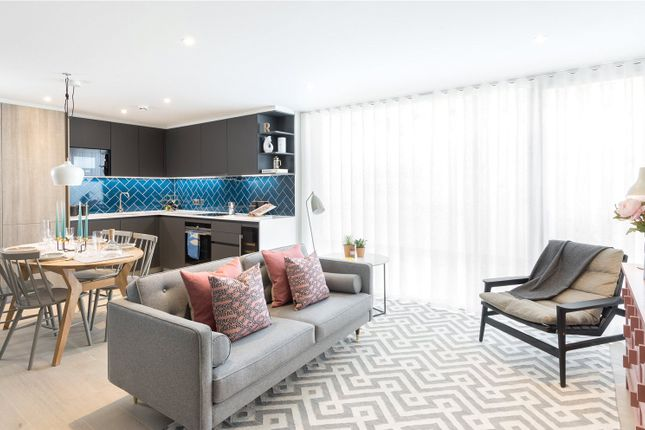 Flat for sale in Shoreditch Exchange, London