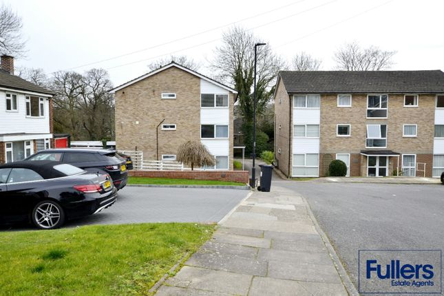 Thumbnail Flat for sale in Gallus Close, Winchmore Hill