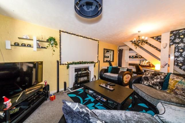 Durham close clifton swinton manchester m27 2 bedroom for 5 clifton terrace winchester b b