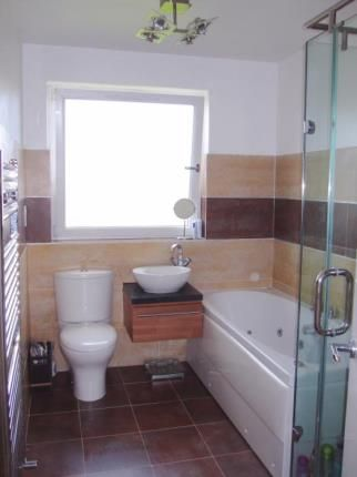 Bathroom of Buchlyvie Road, Paisley, Renfrewshire PA1