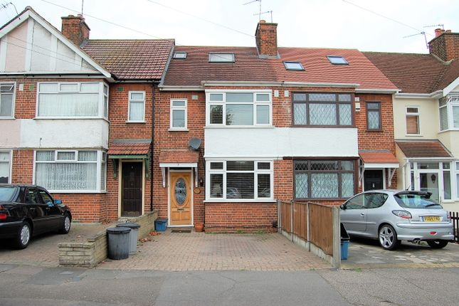 Thumbnail Terraced house for sale in Uplands Road, Woodford Green