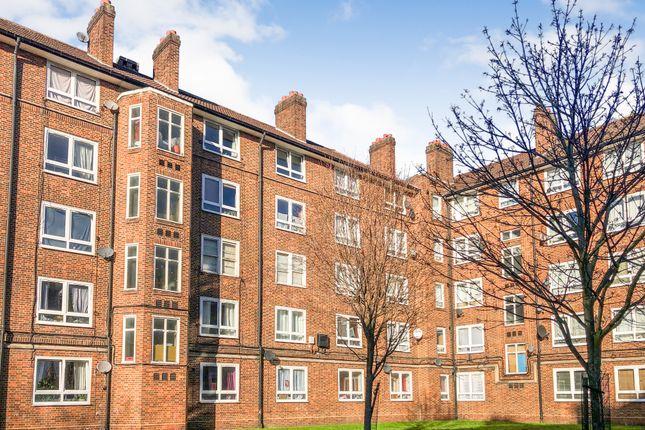 2 bed flat for sale in Barham House, Kinglake Estate, London, Greater London SE172Lq SE17
