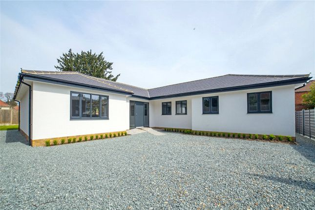 Thumbnail Bungalow to rent in Torrington Park, North Finchley