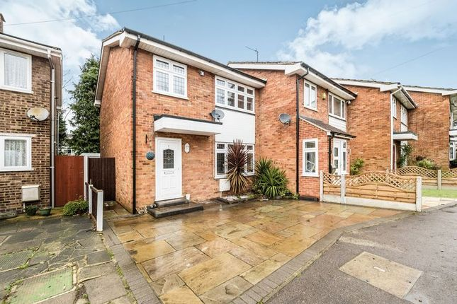 Thumbnail Terraced house for sale in Fir Tree Close, Romford