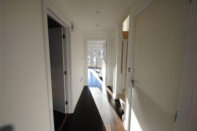 Hallway of Wharf Way, Hunton Bridge, Kings Langley WD4