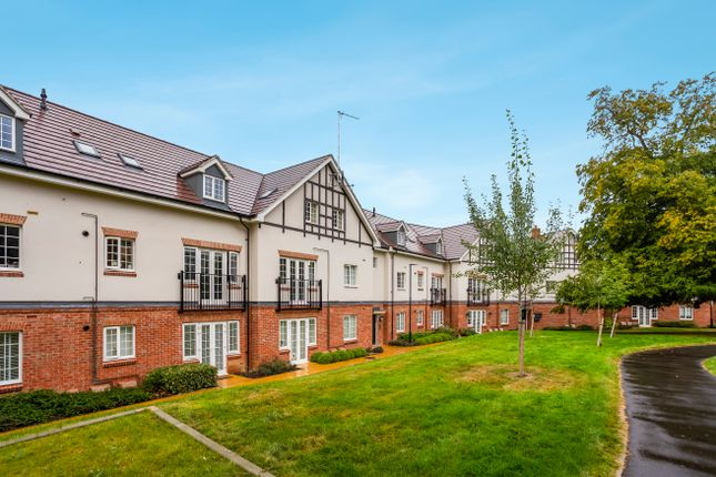 Thumbnail Flat for sale in Ranulf Court, Grange Road, Chalfont St. Peter