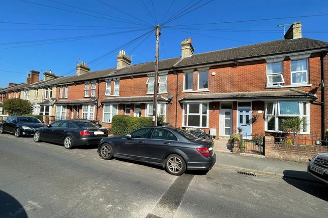3 bed terraced house to rent in Christchurch Road, Ashford, Kent TN23