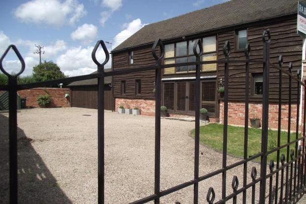 Thumbnail Barn conversion to rent in Bransford, Worcester