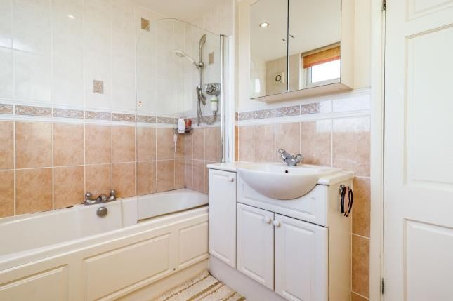Bathroom of Swithland Drive, West Bridgford, Nottingham, Nottinghamshire NG2