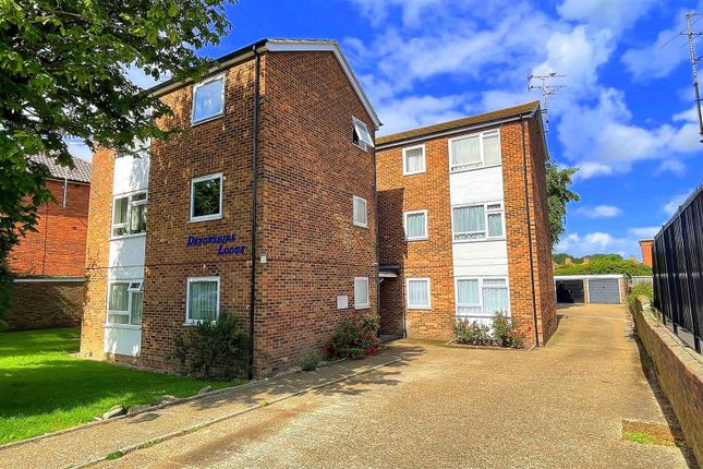 1 bed flat for sale in Seaside, Eastbourne BN22