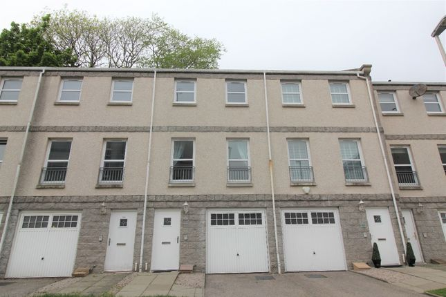 Thumbnail Flat to rent in South College Street, City Centre, Aberdeen
