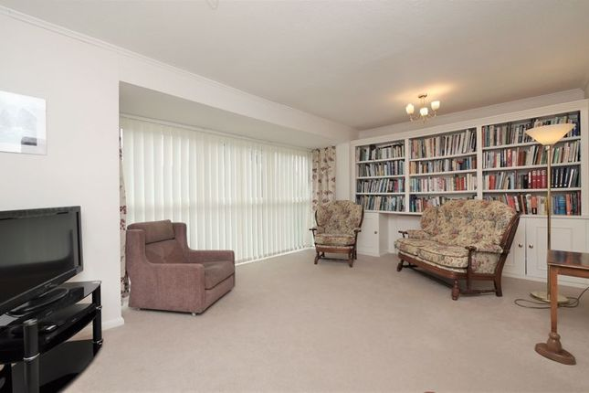 Thumbnail Detached house for sale in Beechcroft, Dorchester-On-Thames, Wallingford