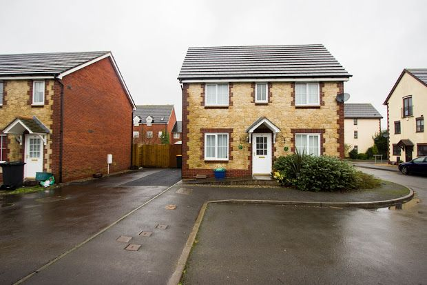 Thumbnail Detached house to rent in Newport, Duffryn, Gwent