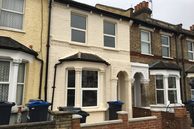 Thumbnail Duplex to rent in Charnwood Road, London
