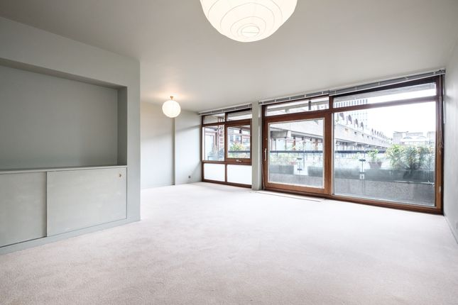 2 bed flat to rent in Barbican, London EC2Y