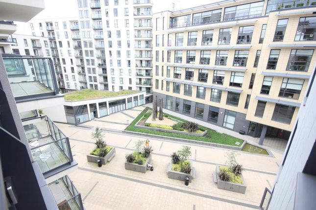 Thumbnail Flat to rent in New Central, Woking, Surrey