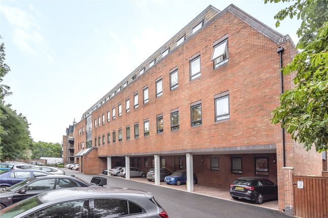 Picture No. 05 of Riverside Place, 107 Marsh Road, Pinner, Middlesex HA5