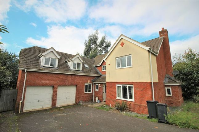 Thumbnail Detached house to rent in Field Rise, Swindon