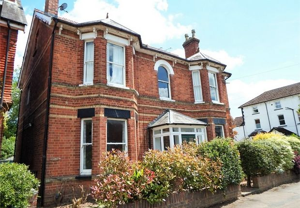 Flat for sale in 33 Southampton Street, Farnborough, Hampshire