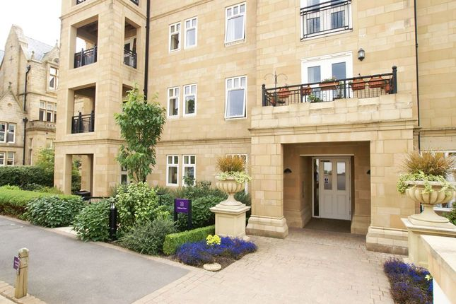 Thumbnail Flat for sale in Robinson Court, St Elphin's Park, Darley Dale, Derbyshire