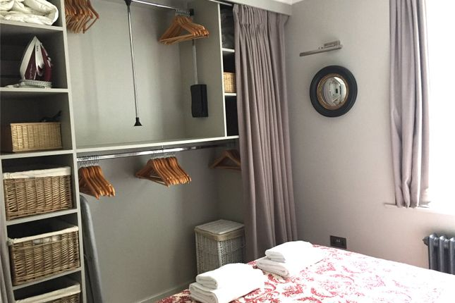 Bedroom of Little Russell Street, London WC1A