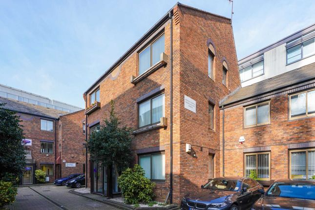 Industrial to let in Shepherds Bush Road, Hammersmith