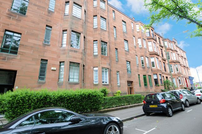 Thumbnail Flat for sale in 3/2, 6 Dudley Drive, Hyndland, Glasgow