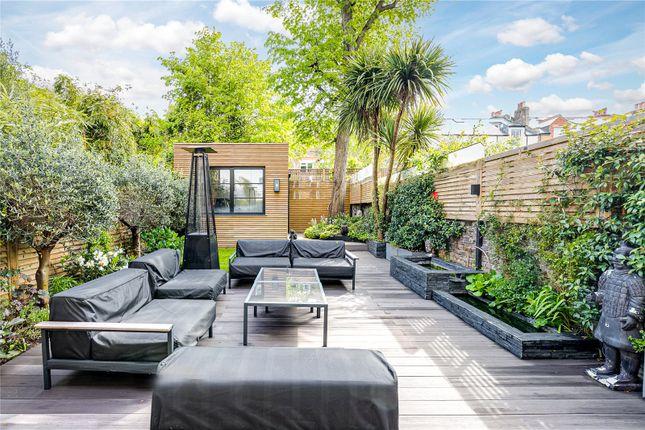Thumbnail Flat for sale in Altenburg Gardens, London