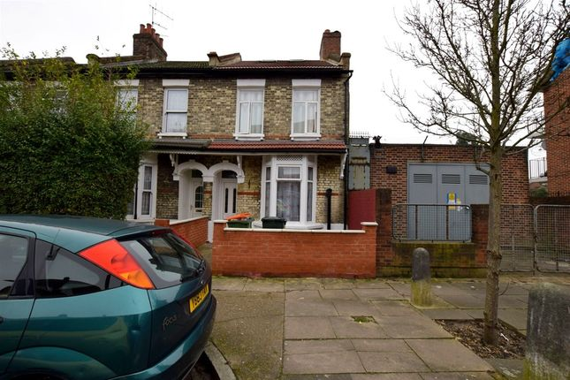 Thumbnail Property to rent in Eric Close, Forest Gate
