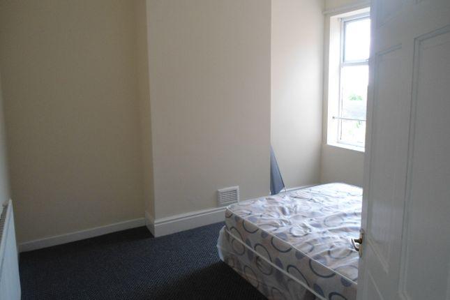 Bedroom of Doncaster Rd, East Dene S62