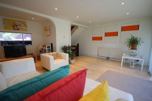 Thumbnail Flat to rent in Wharfedale, Hemel Hempstead