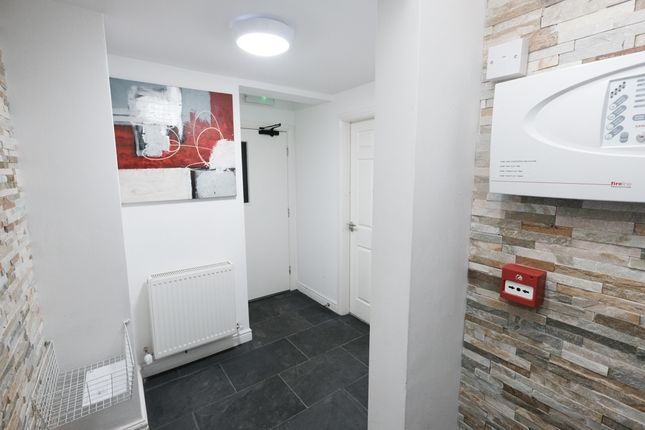 Thumbnail Flat to rent in Mount Street, Preston, Lancashire