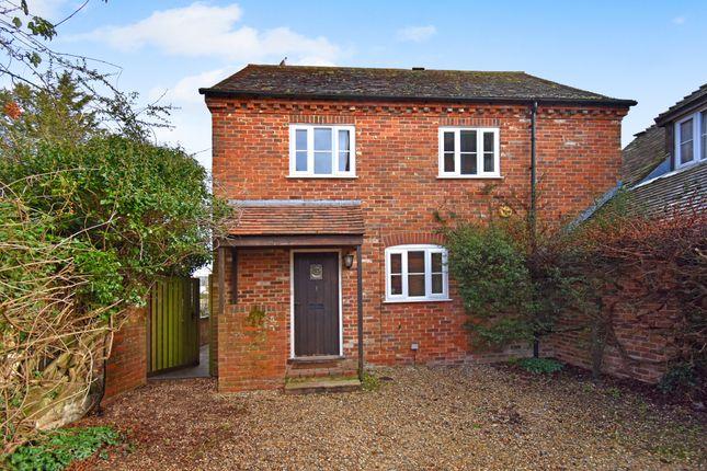 3 bed detached house to rent in Dolton Mews, West Mills, Newbury, Berkshire RG14